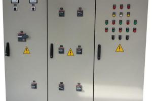 Painéis Elétricos de Distribuição
